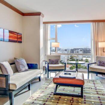 Carillon-Resort-Suite