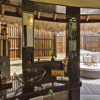 Banyan-Tree-Vabbinfaru-Luxury-Suite