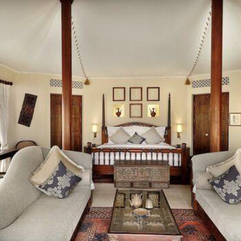 al-maha-desert-resort-tented-suite