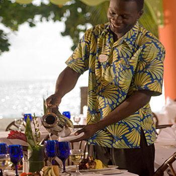 Grand-Pineapple-Beach-Resort-Dining