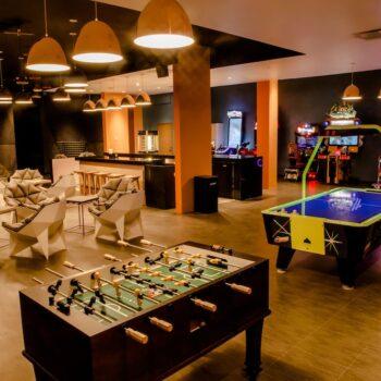 Moon-Palace-Jamaica-game-room
