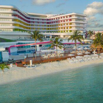 Temptation-Cancun-Tower-beach