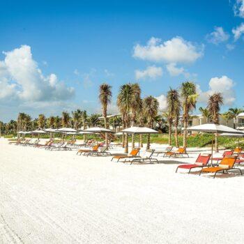 andaz-mayakoba-beach