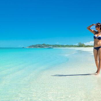 girl-and-beach
