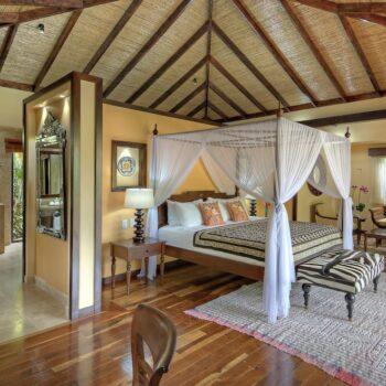 nayara-luxury-suite