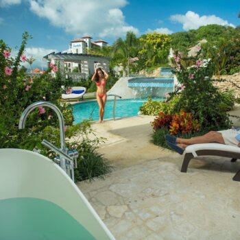 Sandals-Grenada-Relaxation