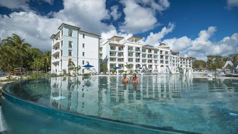 Sandals-Royal-Barbados-Infinity-Pool