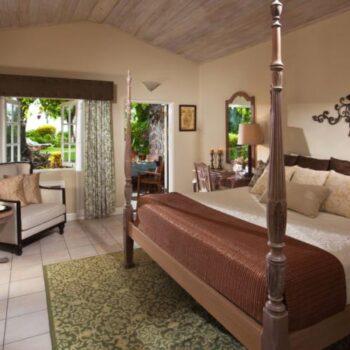Sandals_Halcyon_Beach_Resort_Suite