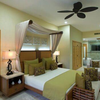 panorama-master-bedroom