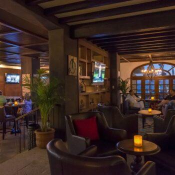Casa-del-Mar-Resort-Bar