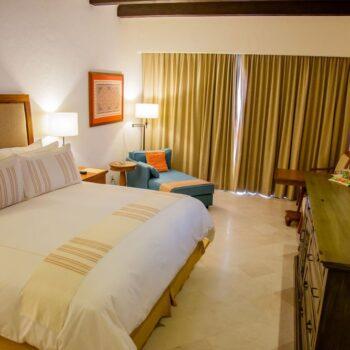 Casa-del-Mar-Resort-Luxury-Room