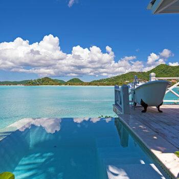 CocoBay-Resort-Antigua-Tub