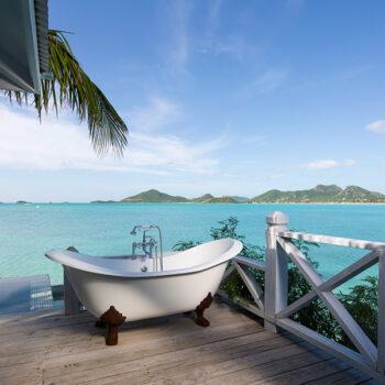 CocoBay-Resort-Antigua-chattel-tub