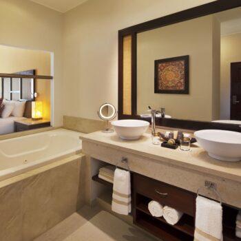 El-Dorado-Maroma-Bathroom