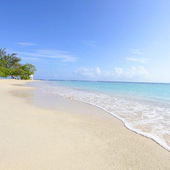 Luxury-Bahia-Principe-runaway-bay-Beach