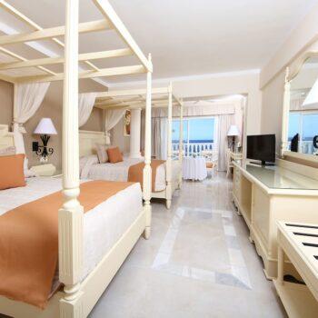 Luxury-Bahia-Principe-runaway-bay-Junior Suite
