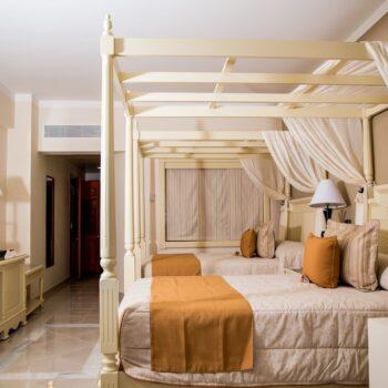 Luxury-Bahia-Principe-runaway-bay-suite