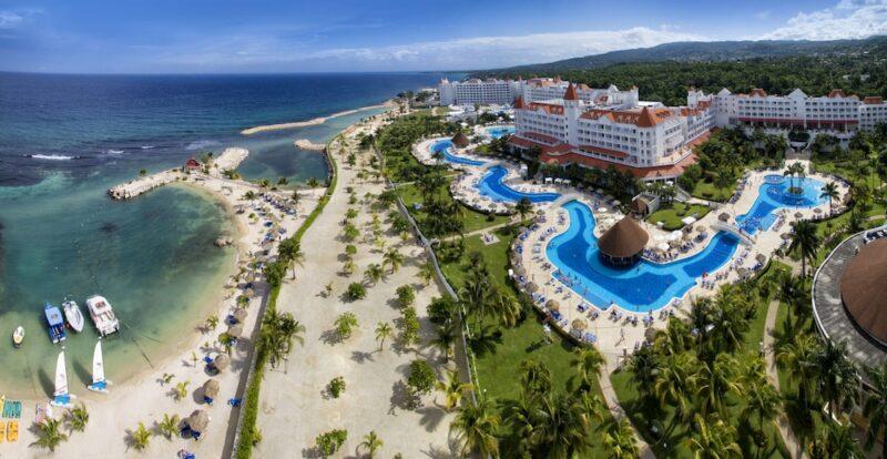 Luxury-Bahia-Principe-runaway-bay-view