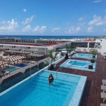 The-Reef-Rooftop-Pool