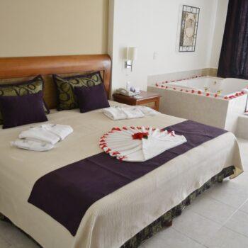 Golden-Parnassus-Resort-Room-With-Jacuzzi