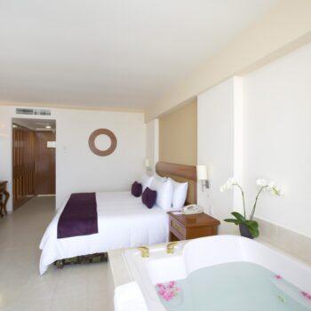 Golden-Parnassus-Resort-Suite
