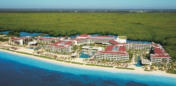 Breathless-Riviera-Cancun