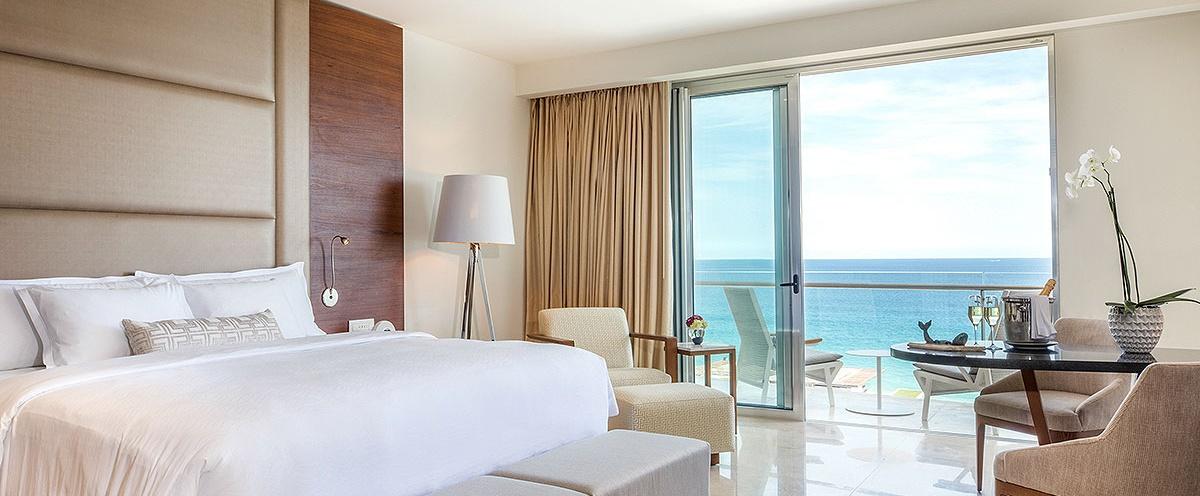 Le-Blanc-Los-Cabos-Honeymoon-Room