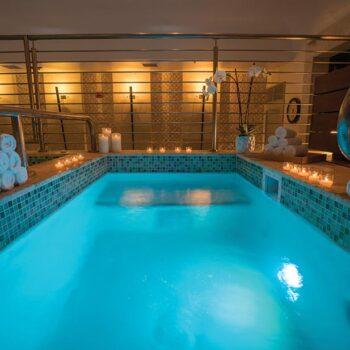 Nobu-Miami-plunge-pool-esencia-wellness-eden-roc-miami-beach