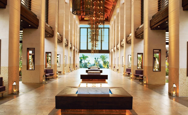 The-Cove-Atlantis-Lobby