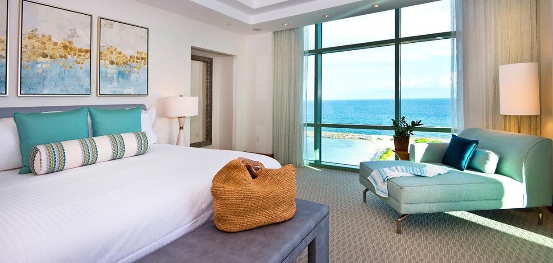 The-Cove-Atlantis-Sapphire-Suite